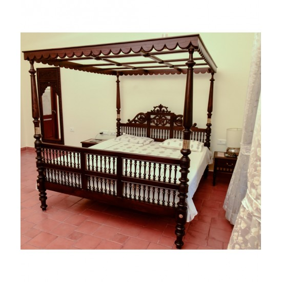 Rosewood Traditional Bed