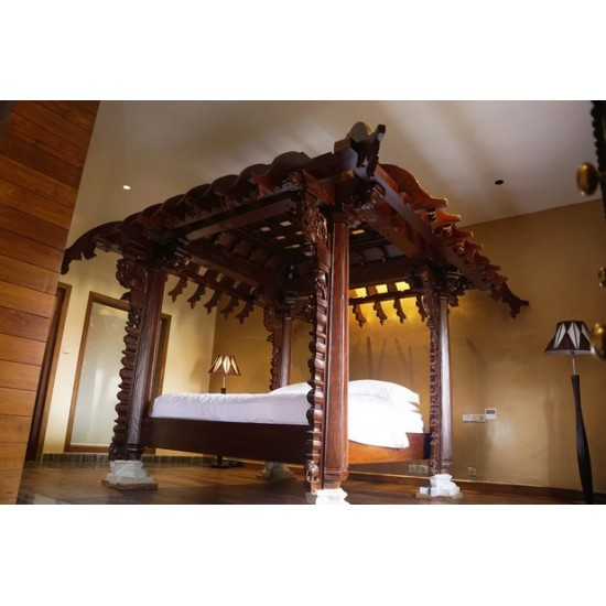 Antique Traditional Wooden Bed