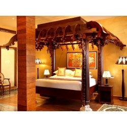 Antique Style Traditional Wooden Bed