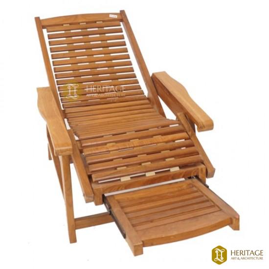 Modern Wooden Recliner