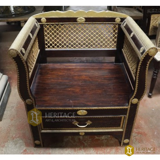Antique style Royal Chair
