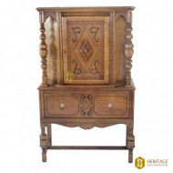 Antique Style Wooden Carved Cabinet