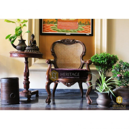 Traditional Rosewood King & Queen Chair