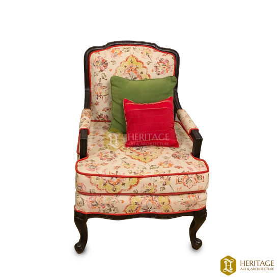 Victorian Sofa With Cushion
