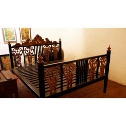 Vintage Style Ebony Bed