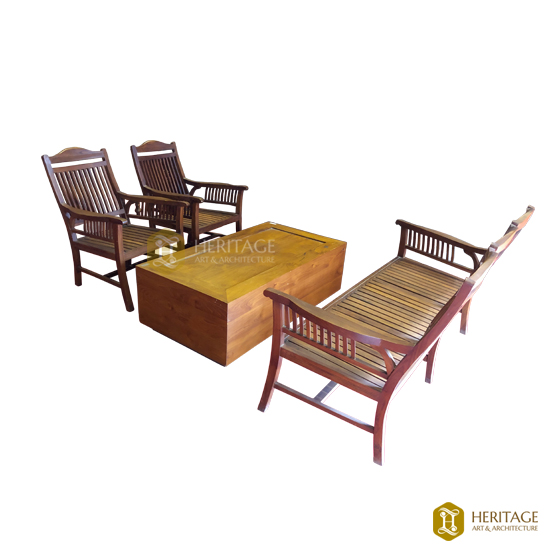 Vintage Style Wooden Sofa Set With Coffee Table