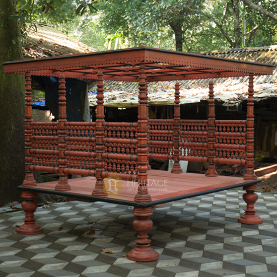 Traditional Royal Day Bed