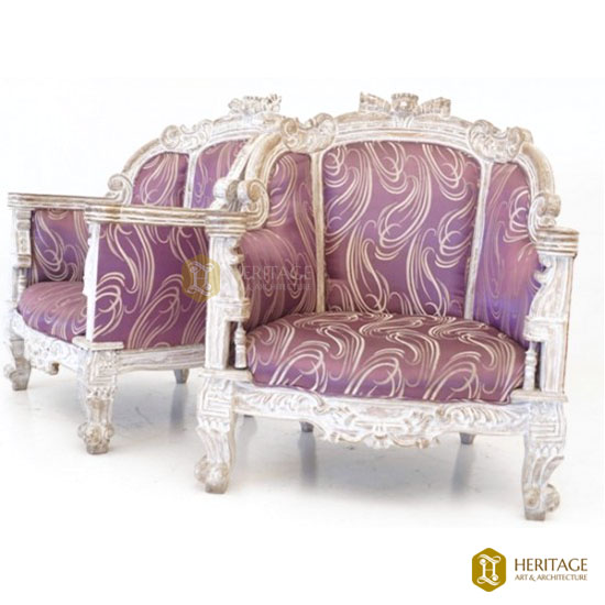 Antique Style Victorian Style Sofa
