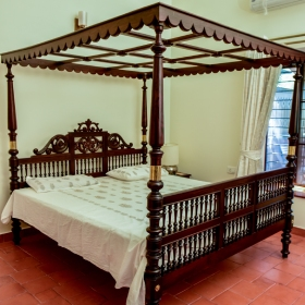 Four-post Bed-heritage-arts