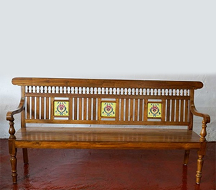 Benches <br><span>(8 Products)</span>